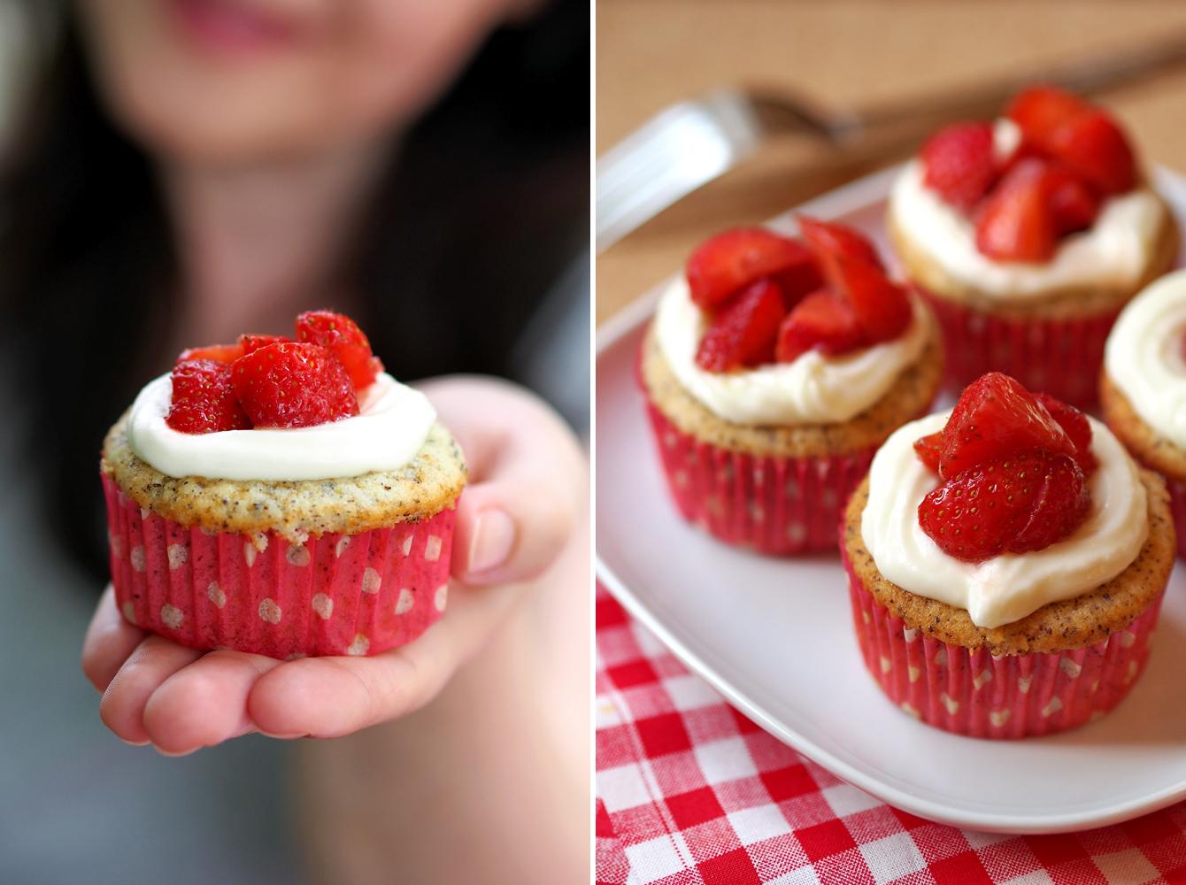 sommerliche limetten mohn muffins mit erdbeernest fee ist mein name. Black Bedroom Furniture Sets. Home Design Ideas